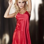 Saténová noční košilka červená – DKaren
