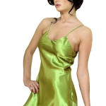 Saténová noční košilka Karen zelená