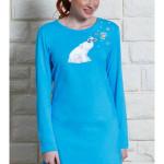 Dámská noční košile s dlouhým rukávem Méďa na saních