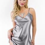 Něžná noční košilka Ibiza stříbrná